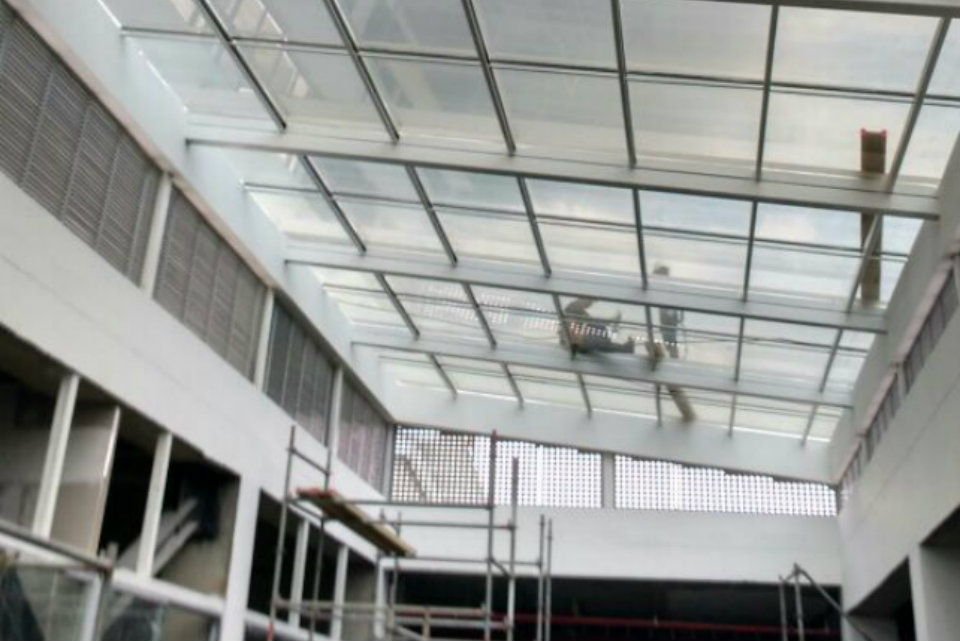 INDUACERAL S.A.S | Proyecto Ideo Cali | Metalmecánica Medellín | Estructuras metálicas Medellín | Carpintería metálica Medellín Colombia