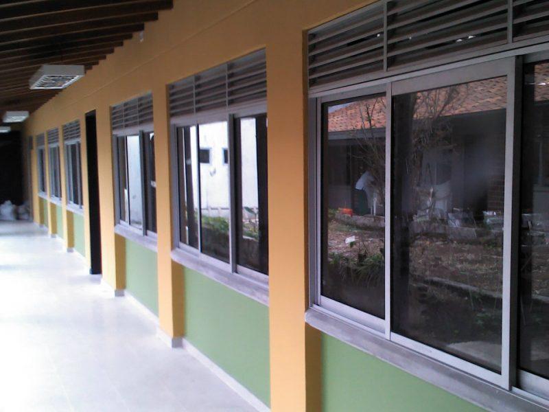 INDUACERAL S.A.S | carpintería metálica general en instituciones educativas| Industrias del acero y el aluminio | Metalmecánica Medellín | Estructuras metálicas Medellín | Carpintería metálica Medellín Colombia